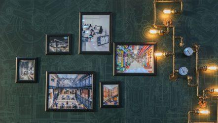 Dekoracje wnętrz – jak udekorować ściany